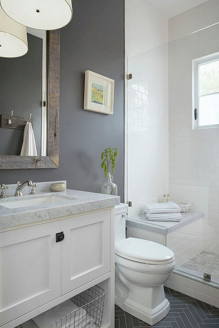 53+ Amazing Modern Farmhouse Small Master Bathroom Ideas ...
