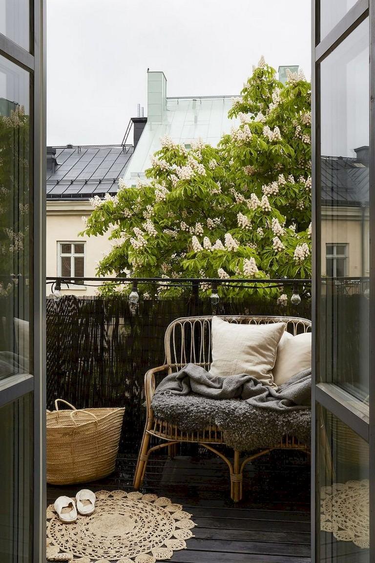 75+ Comfy Small Apartment Balcony Decor Ideas on A Budget ...
