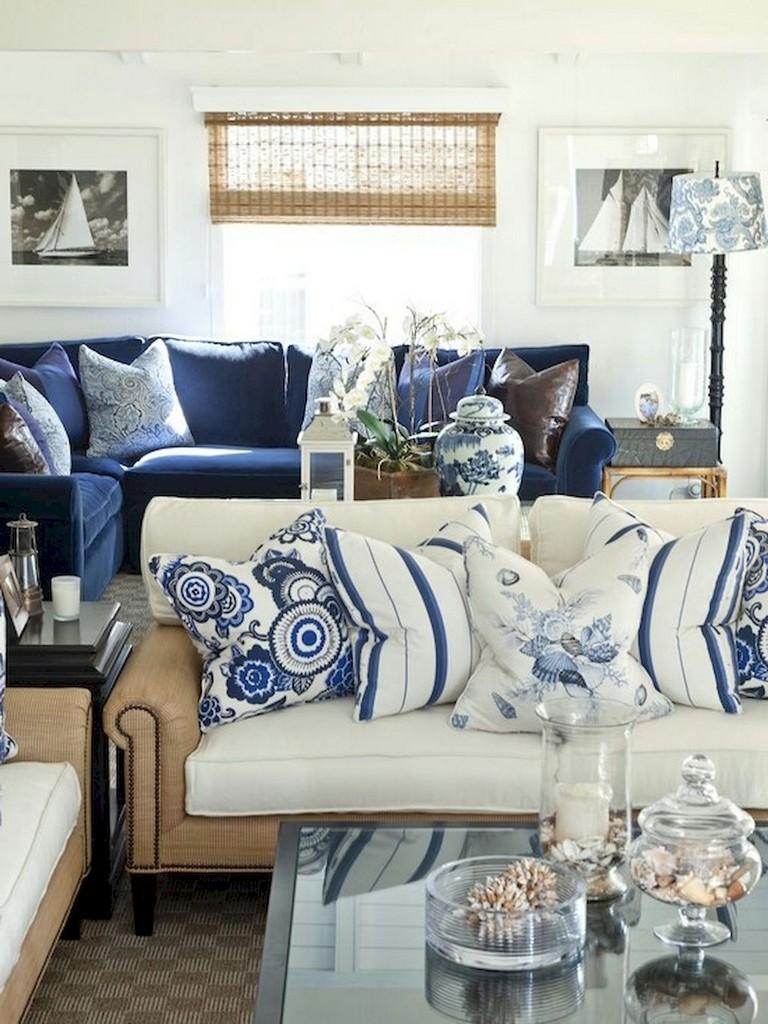 77+ Comfy Coastal Living Room Decorating Ideas
