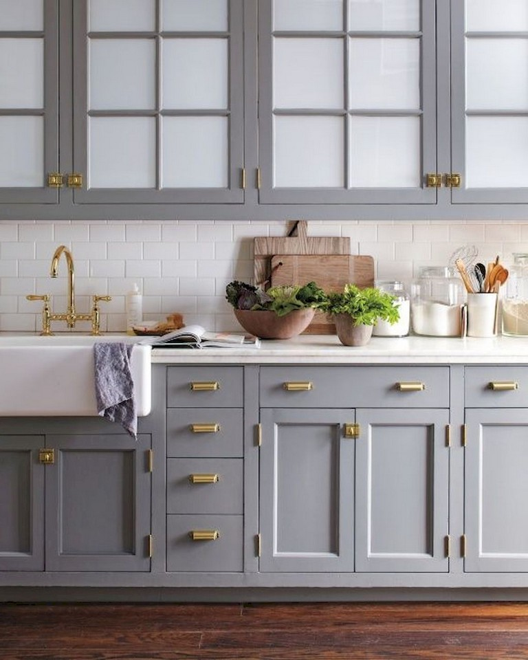 88+ Top Farmhouse Gray Kitchen Cabinet Design Ideas